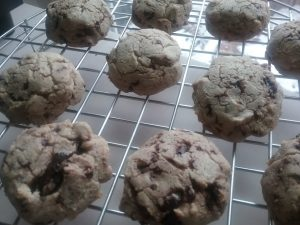 Cooling cookies