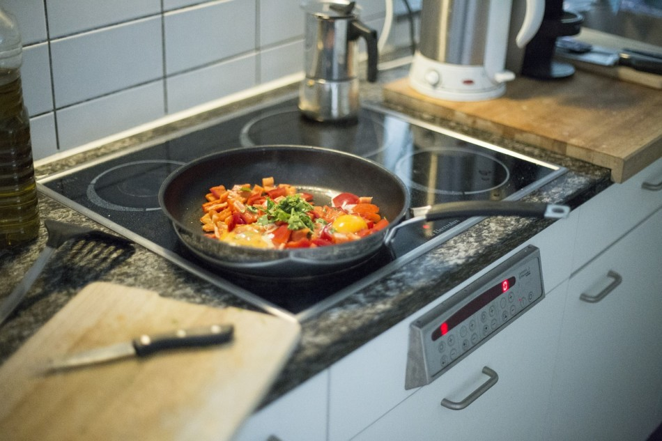 Ditch the non-stick pans and improve gut-brain communication!